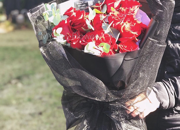 Roses Bouquet(18 Roses)