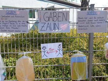 "Aktion - ""Gabenzaun"""
