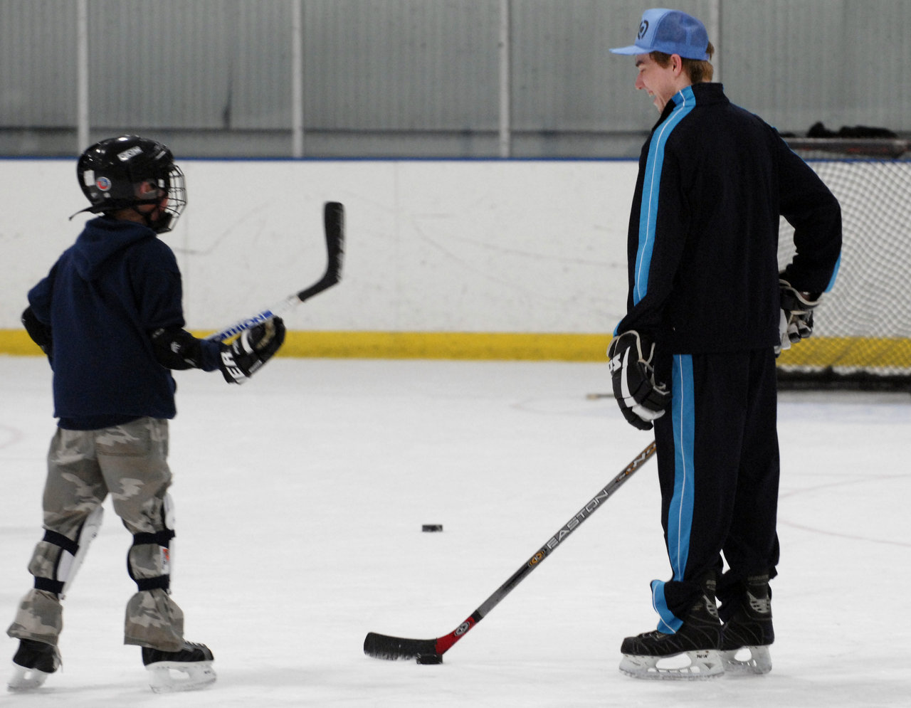 HockeyTrust08_246-60.jpg