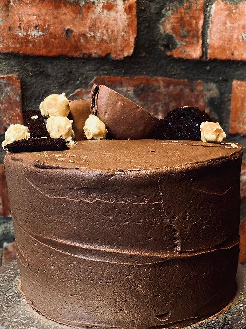 Vanilla/Chocolate Cake (12 Slice)