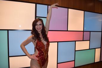17.12.19. Show girl pics Russel Sq (103)