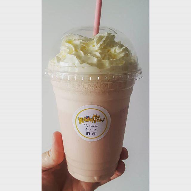 Strawberry and Cream Milkshake