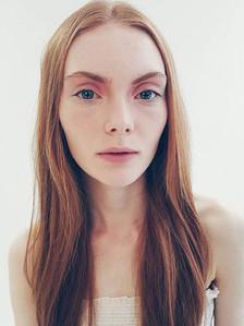 Aine McG