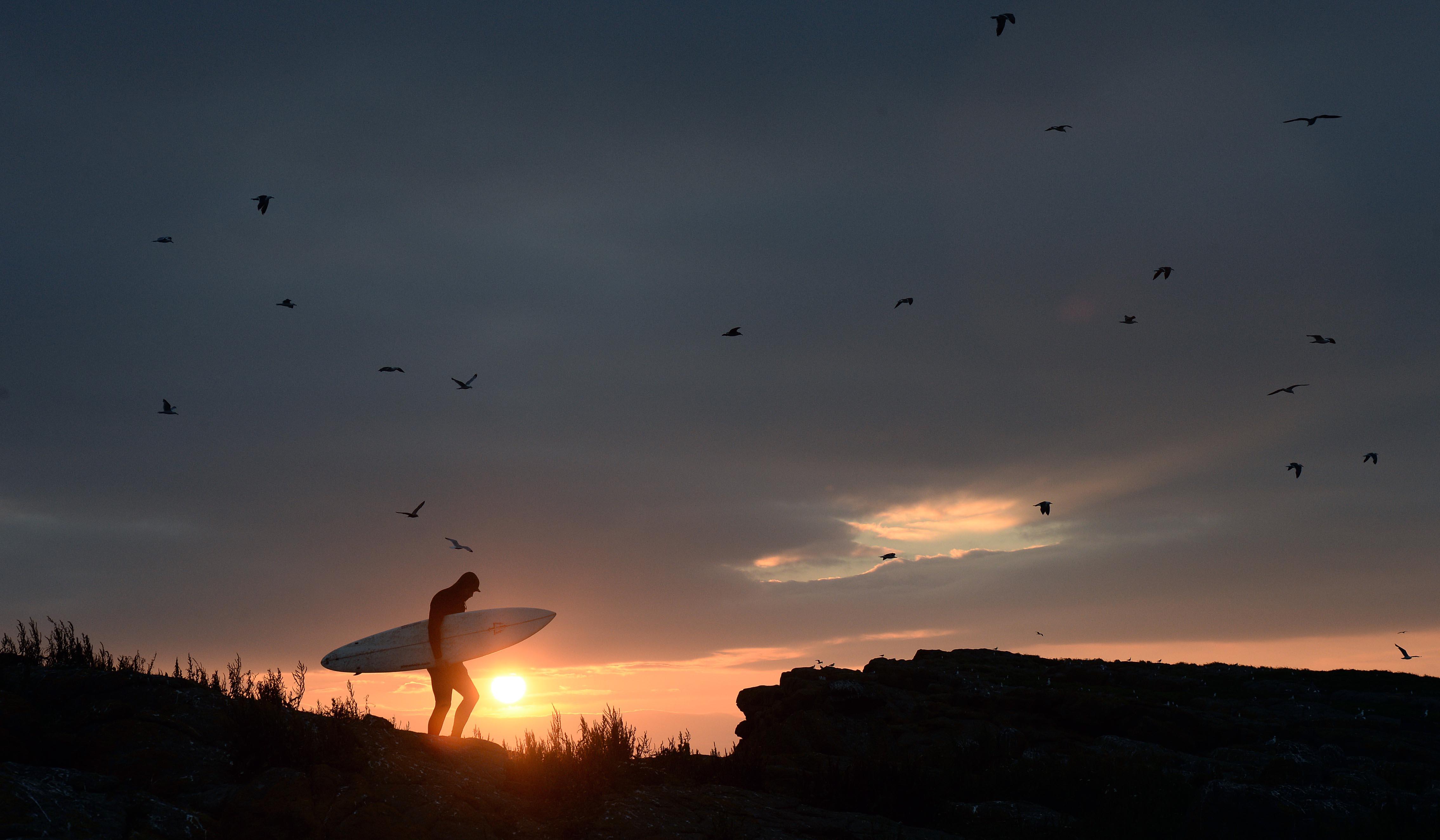 Al Mennie dawn north coast picture by charles mcquillan