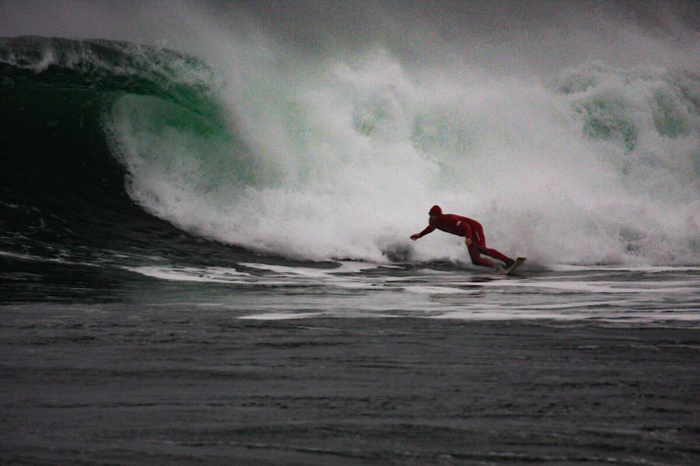 Al Mennie  Winter Surfing Ireland