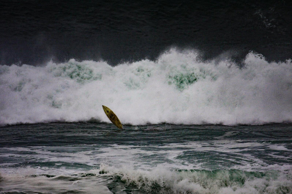 Al Mennie surfing Ireland
