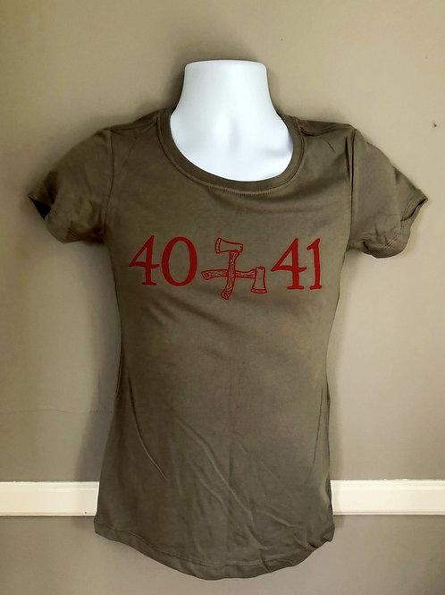 40 x 41 T-Shirt
