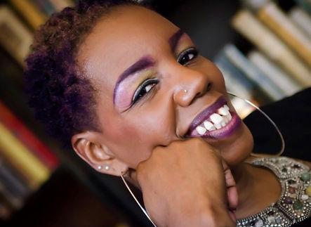 L'Monique.jpg