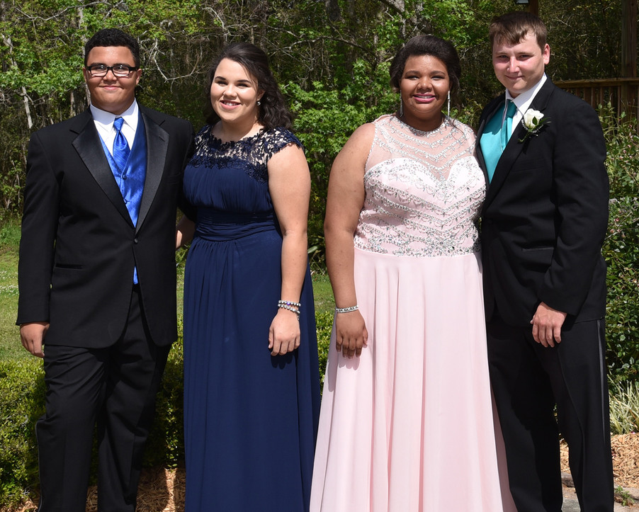 Elijah, Brianna, Ireland, Garreth...brothers and sisters going to the prom.
