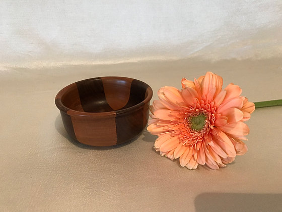 Walnut/Cherry accent bowl