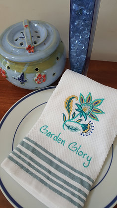 Kitchen towel with imbroidered Garden Glory design.