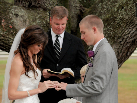 Limelight Exclusive: Wedding Officiant Service
