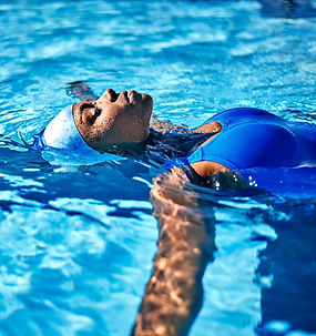 Female%20Swimmer_edited.jpg