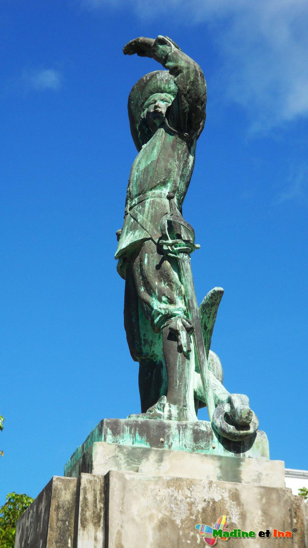 Statue de Pierre Belais d'Esnambuc