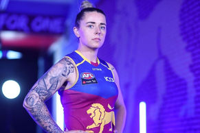 Brisbane AFLW player Jess Wuetschner struck by lightning weeks out from start of season
