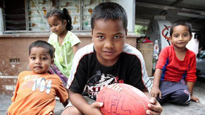 AFL kicks the sport-mad island of Nauru along