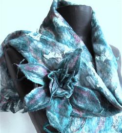 turquoise scarf (Medium)