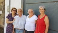 Ivani_e_Maria_Olinda_na_frente_da_casa_c