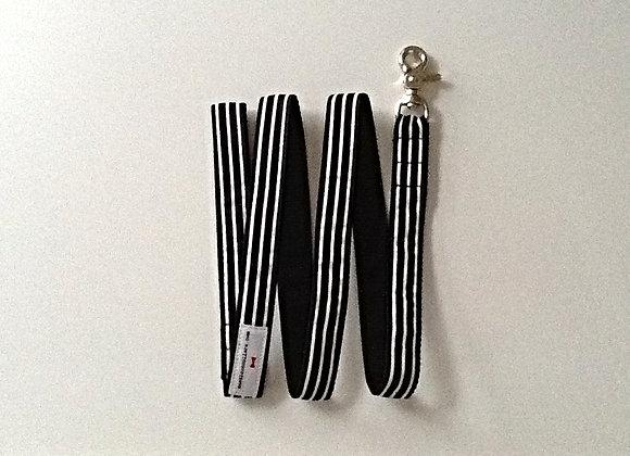 Black and White Stripe Lead