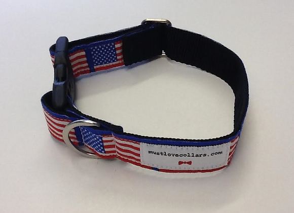 American Flag Print Collar