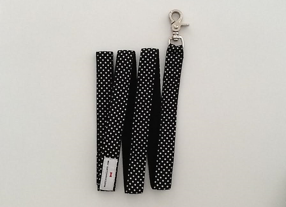 Black & White Spot Print Lead