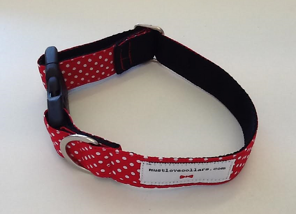 Red & White Spot Collar