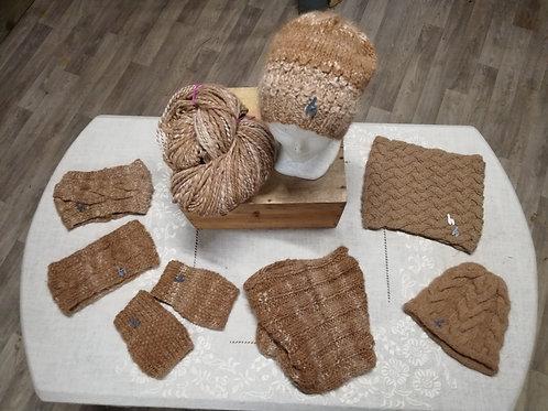 Articles tricotés à la main