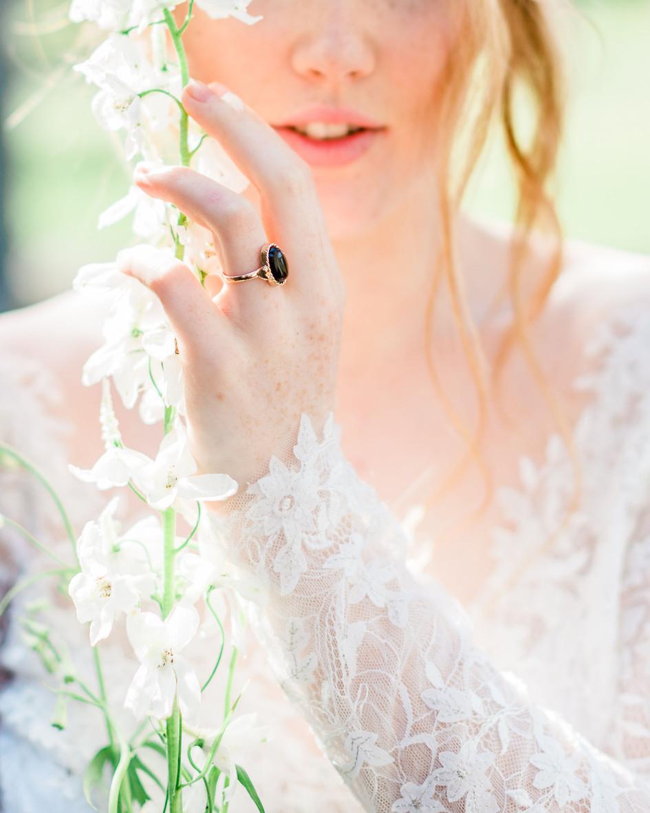 lace_Wedding_dress.jpg