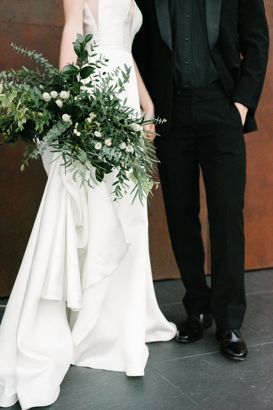 modern_wedding_dress.jpg