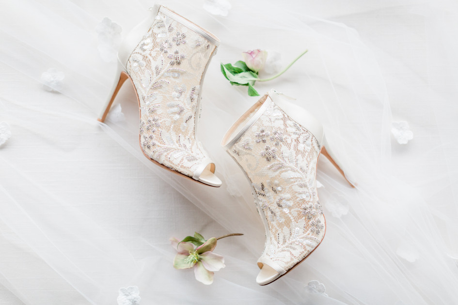 badgley_mischka_shoes.jpg