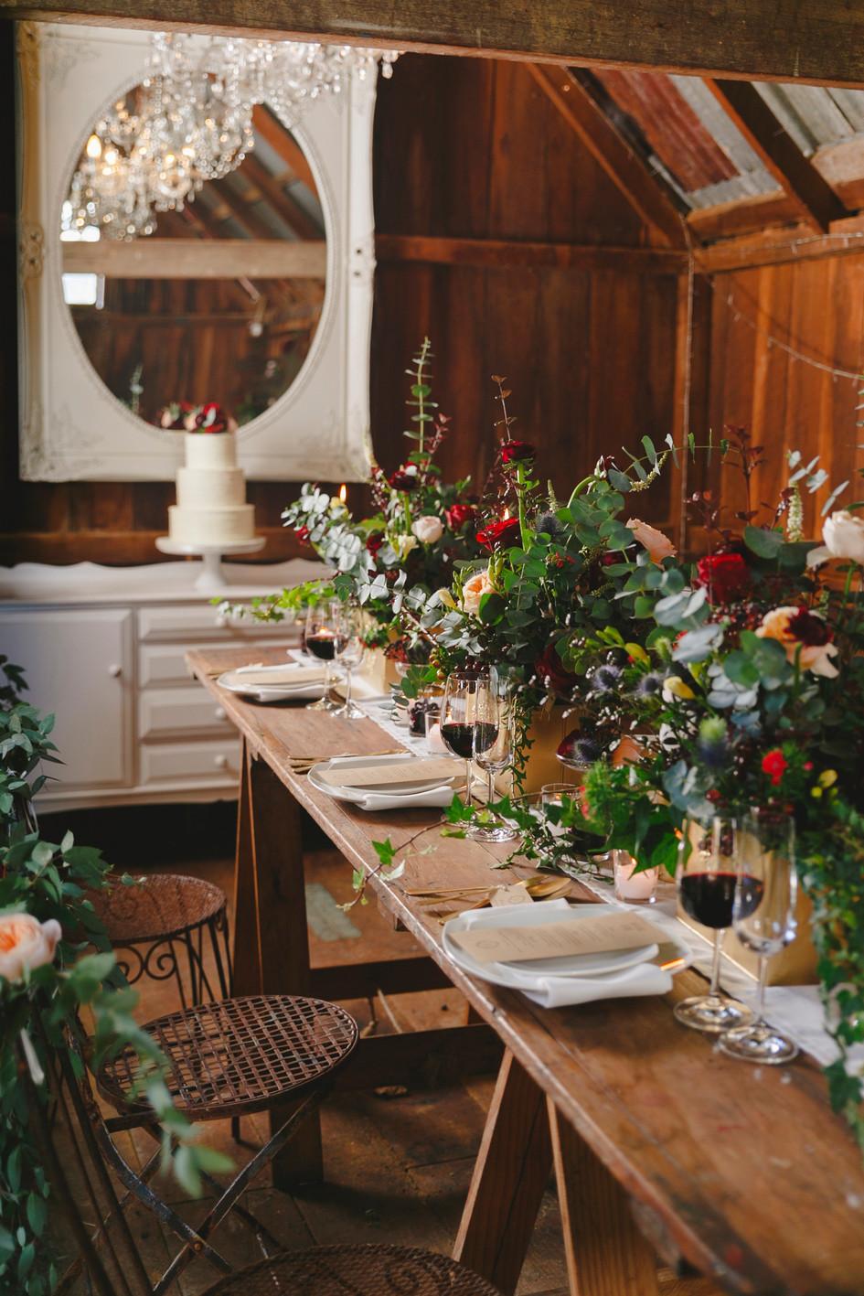 wooden_wedding_decor.jpg