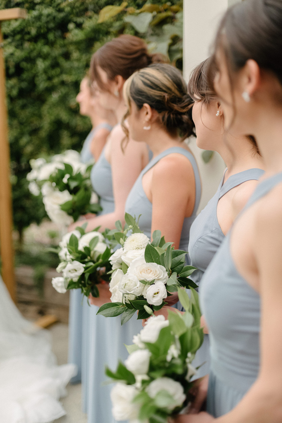 blue_bridesmaids_dresses.jpg