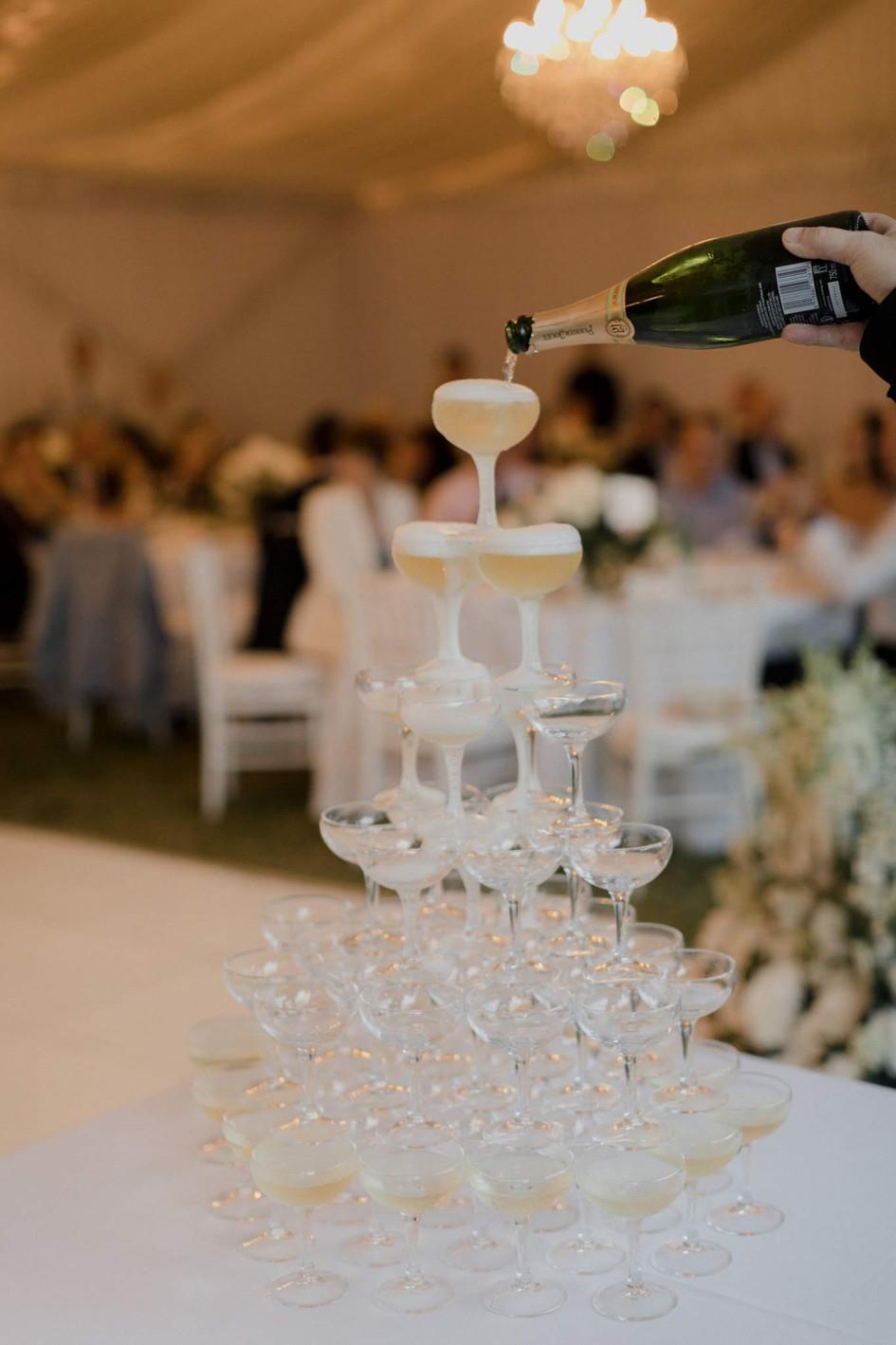champagne_tower_Wedding.jpg