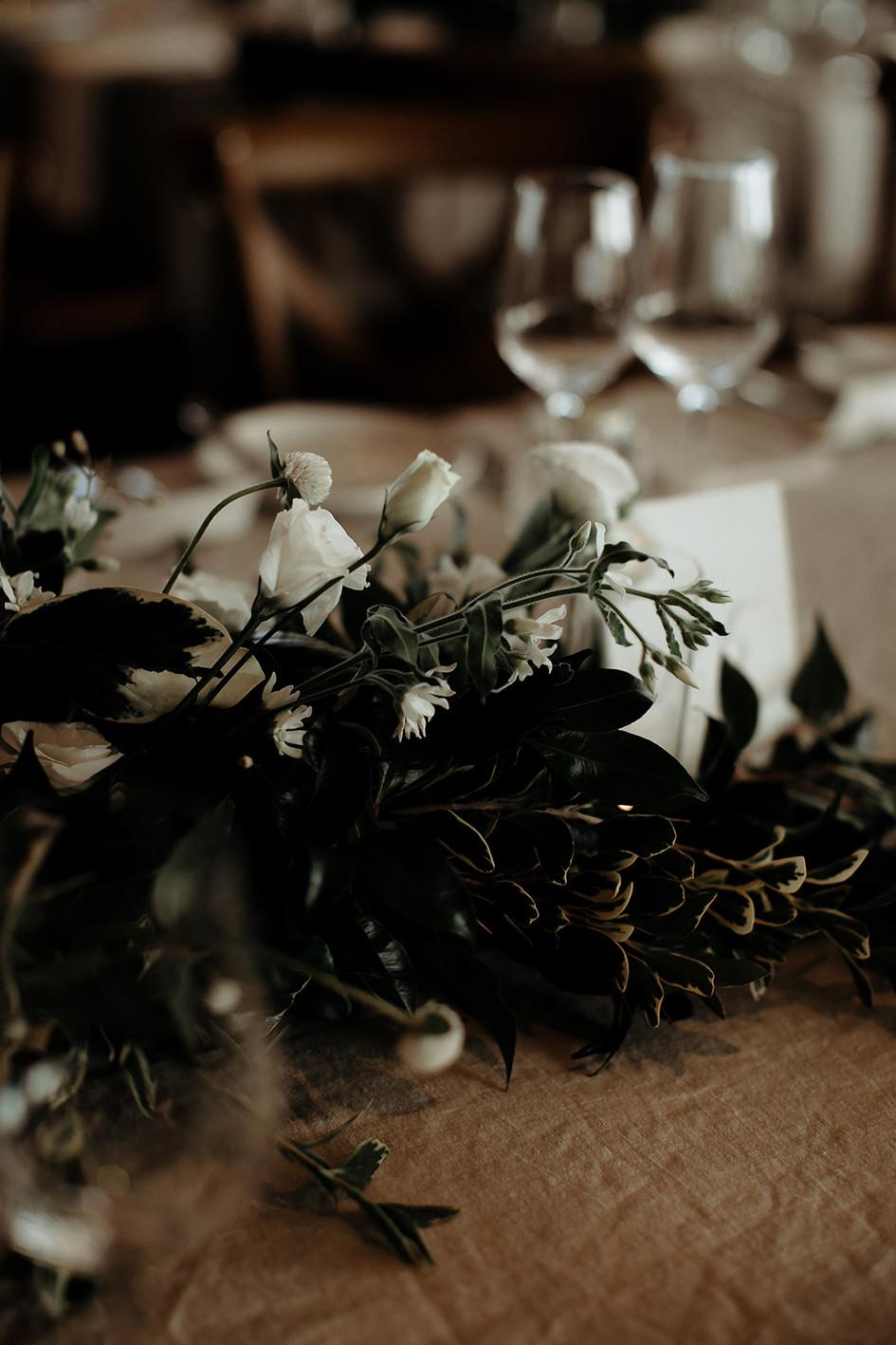 table_flowers.jpg