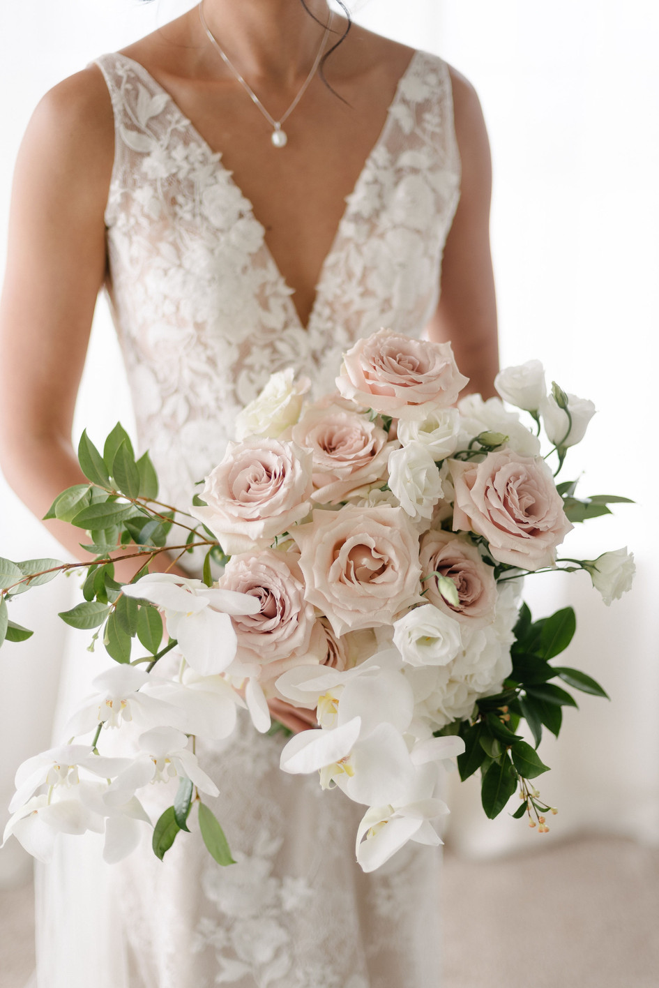 modern_orchid_blush_bouquet