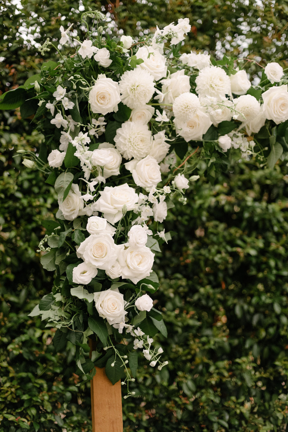 archway_florals.jpg