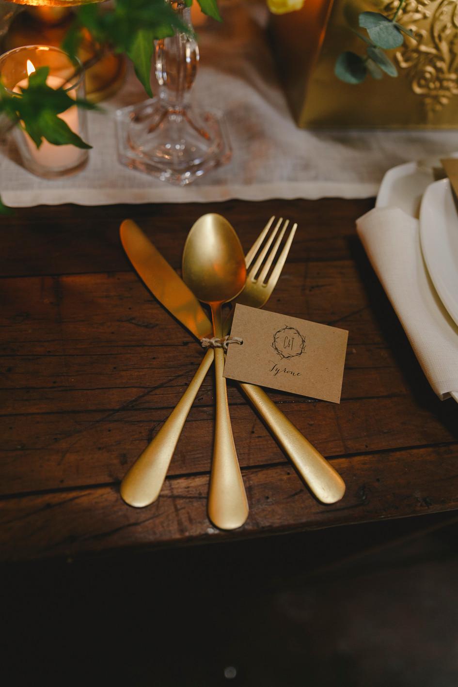 gold_wedding_cutlery.jpg