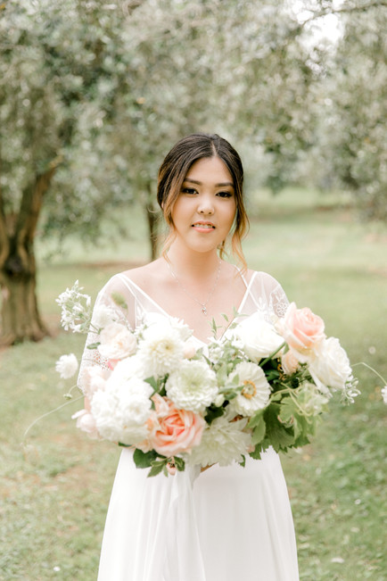 peach_wedding_flowers.jpg