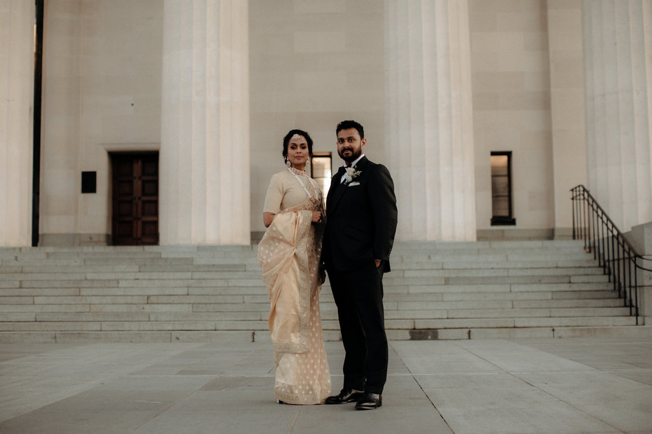 couple_wedding_museum.jpg