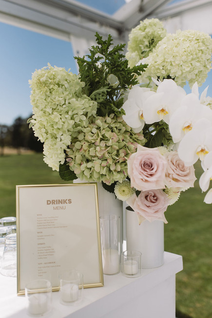 bar_wedding_florals.JPG