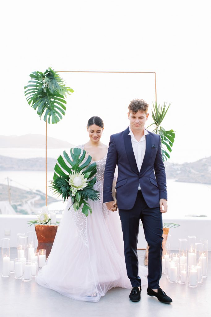 52-ios-island-tropical-chic-wedding-682x
