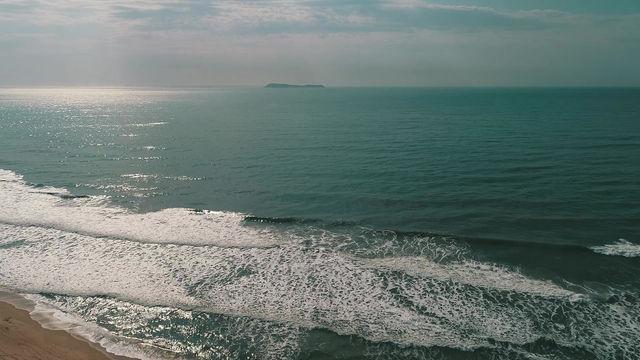 A voz do mar fala com a alma. 🌊💫