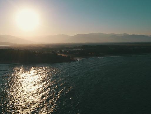 O pôr do sol existe para nos lembrar a beleza da vida e para agradecermos por mais um dia. ☀️🧡🙏