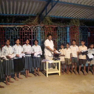 01._distribution_of_clothes_to_orphan_ch