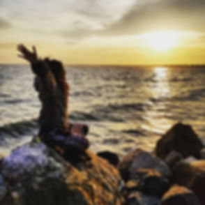 Tanvi_Ocean_Sunset.jpg