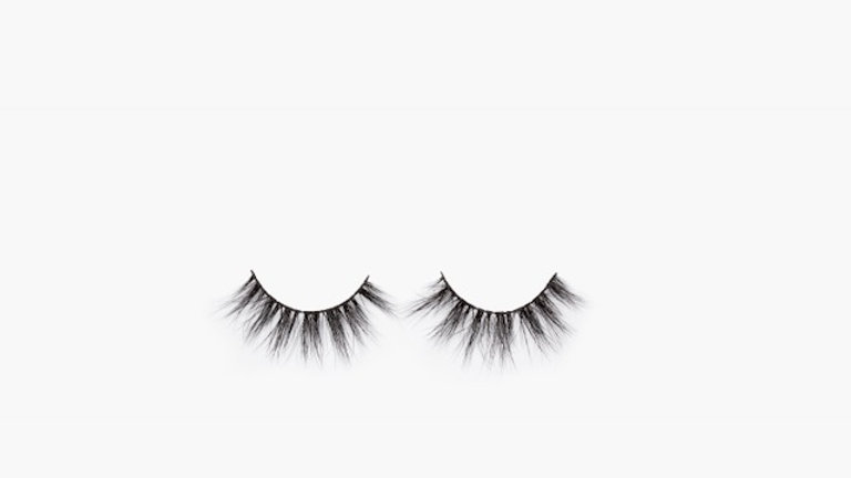 """Christina"" lashes"