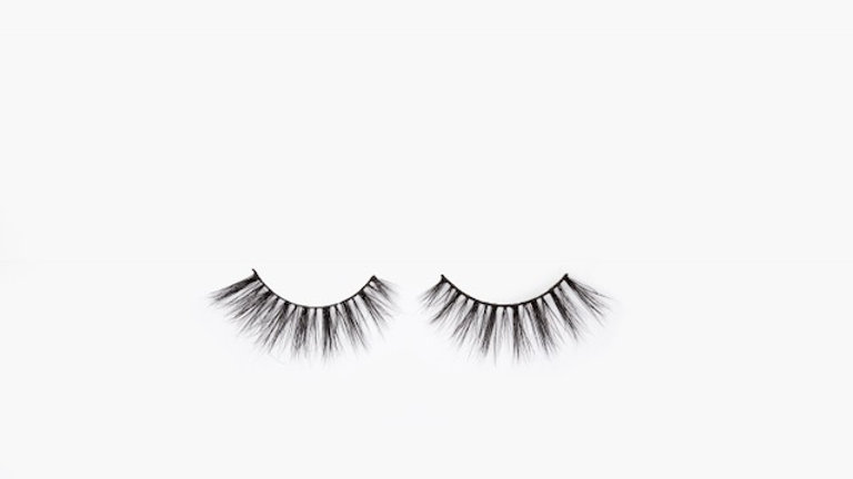 """Plain Jane"" lashes"