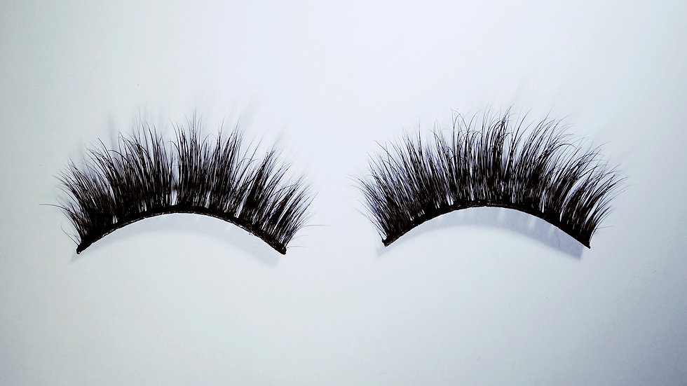 """Mary Jane"" lashes"