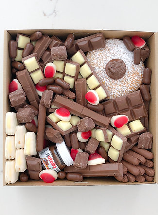 CHOCOLATE LOVER BOX
