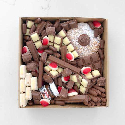 CHOCOLATE LOVER BOX